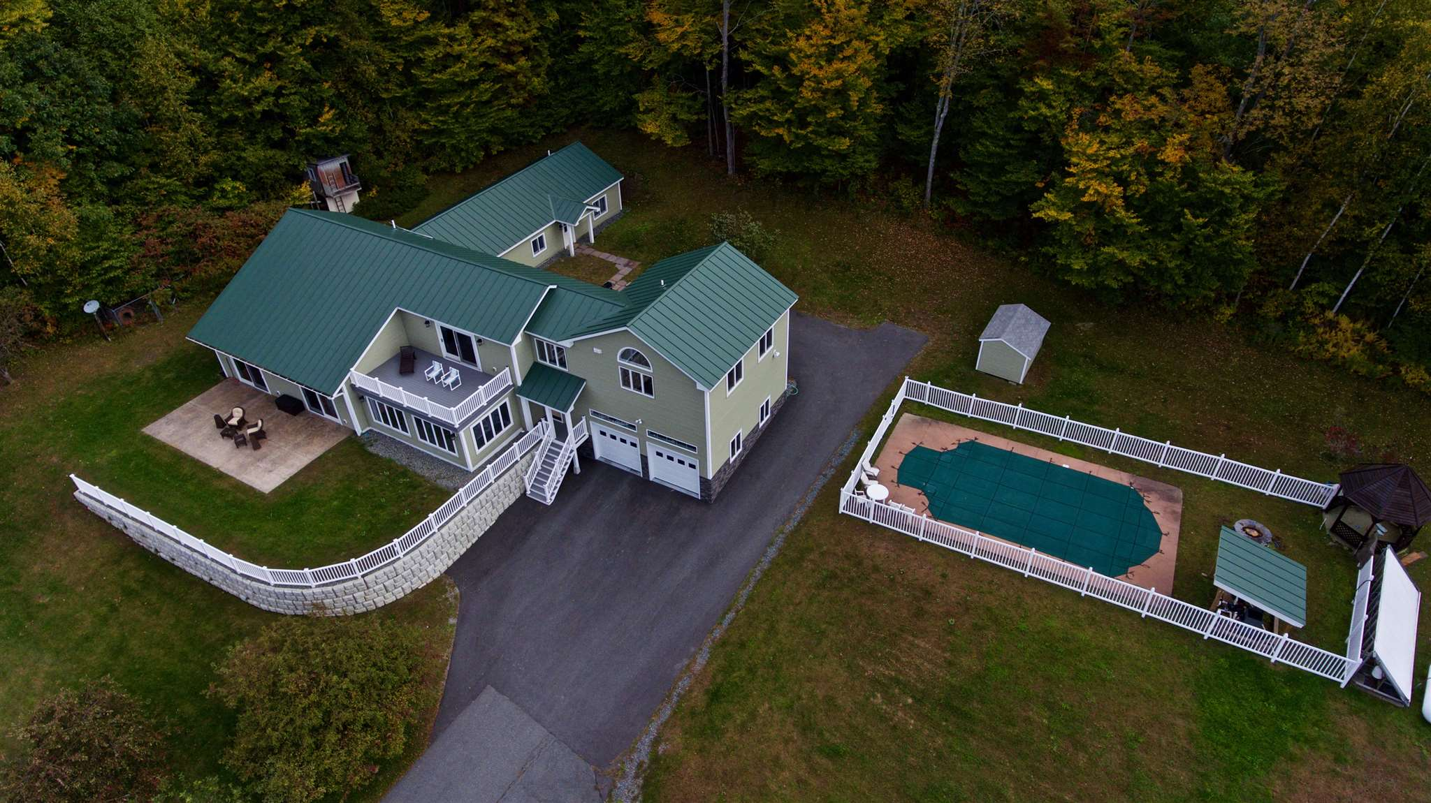 MLS 4722524: 40 Crafts Hill Road, Lebanon NH