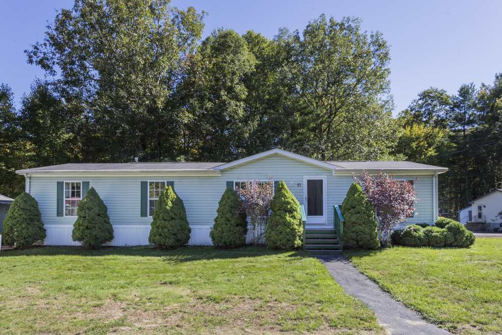 Fremont NHMobile-Manufacured Home for sale $List Price is $124,900