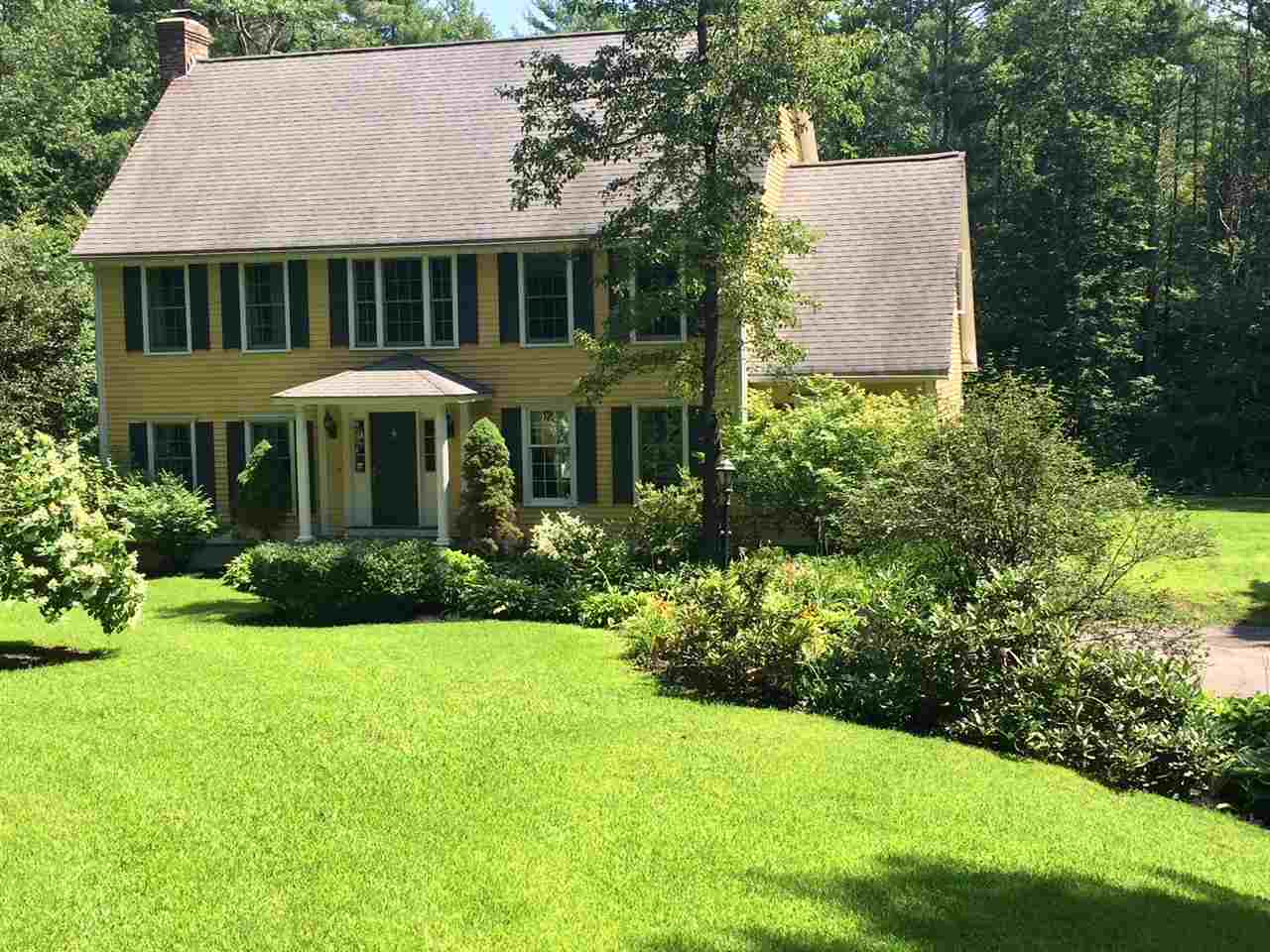 BRENTWOOD NH  Home for sale $488,000