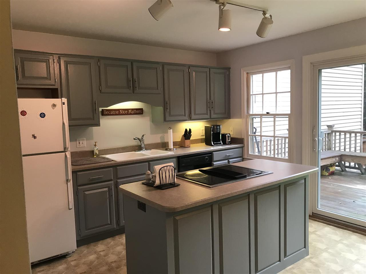 WOODSTOCK VTTownhouse for rent $Townhouse For Lease: $1,600 with Lease Term
