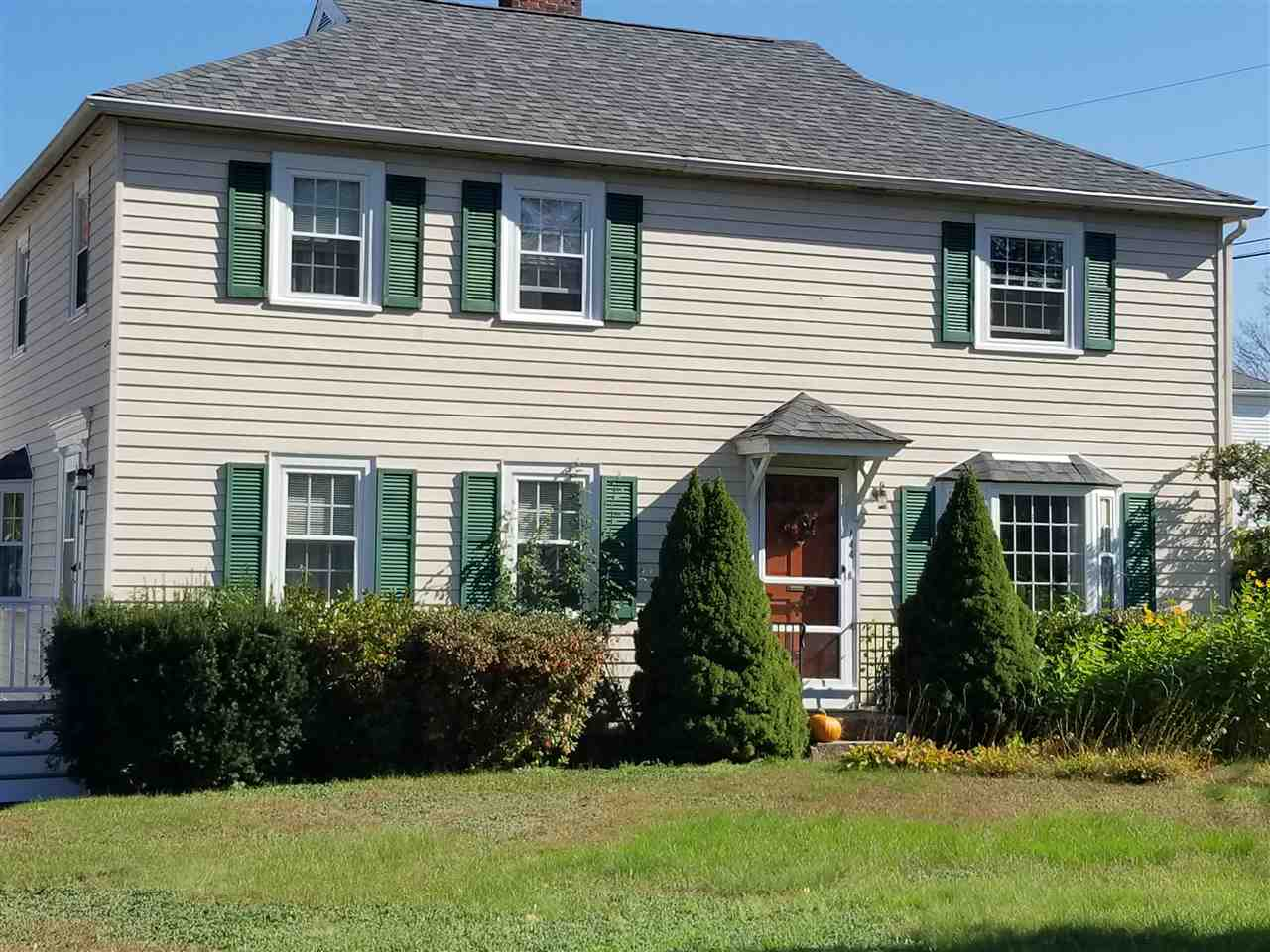 MANCHESTER NH Home for sale $$151,000 | $174 per sq.ft.