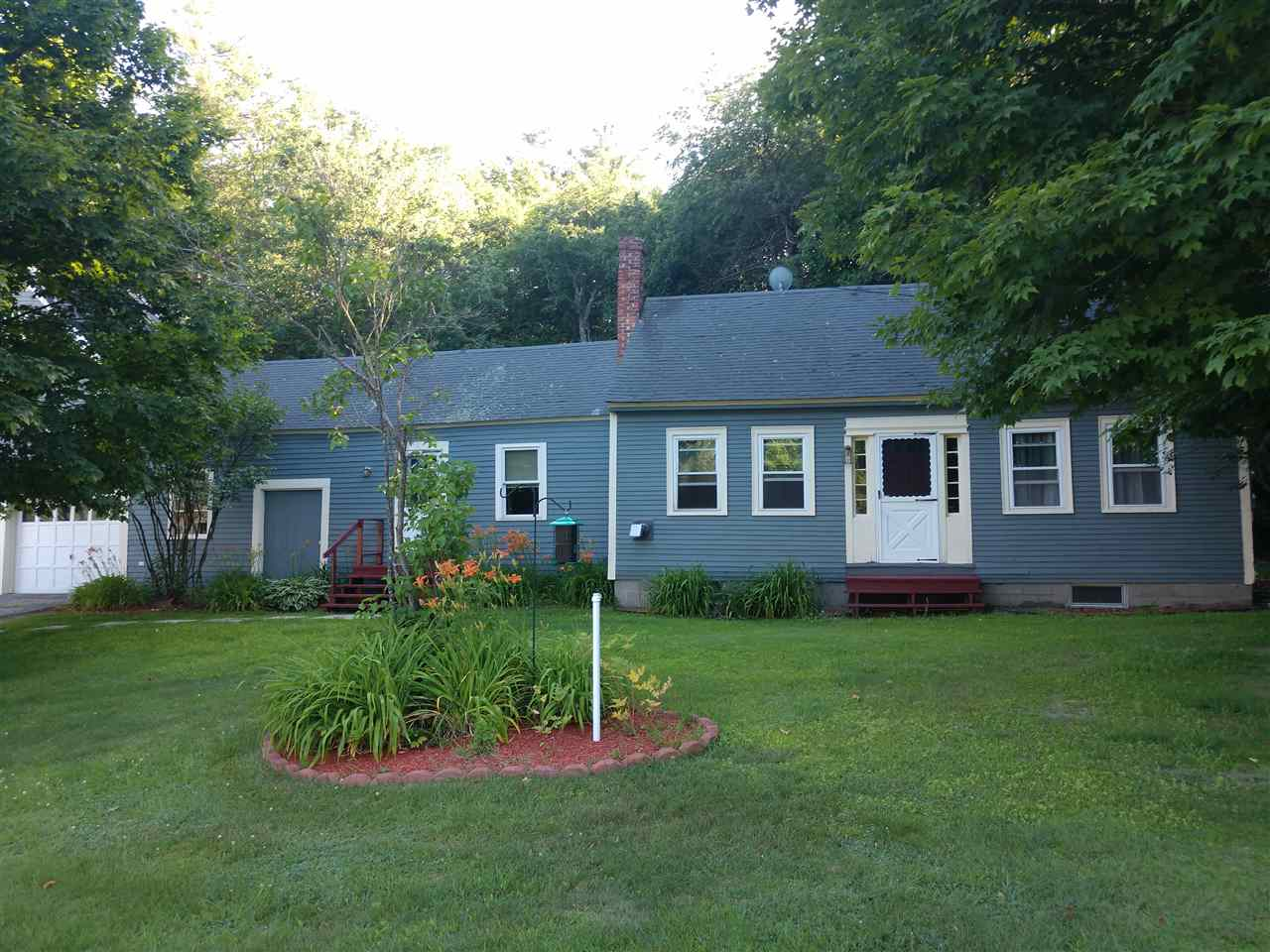 Bennington NH Home for sale $List Price is $150,000