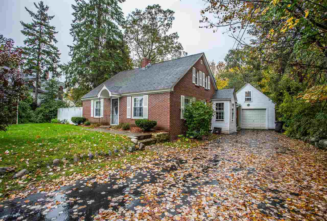 Goffstown NHHome for sale $List Price is $234,990