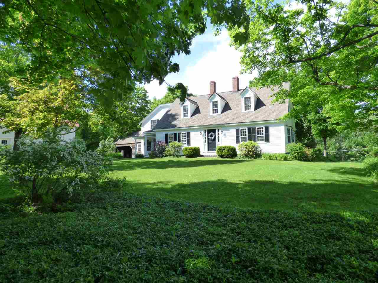 OSSIPEE NH Home for sale $529,000
