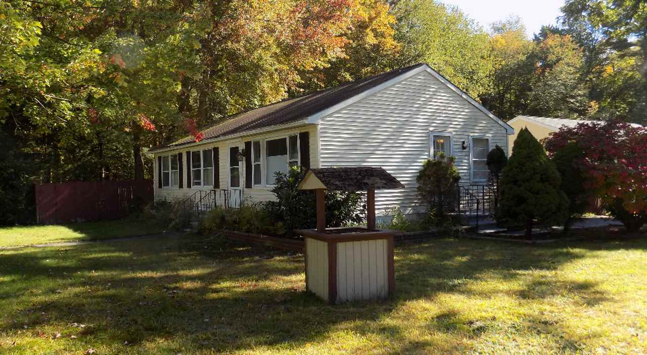 Nashua NHHome for sale $List Price is $148,900