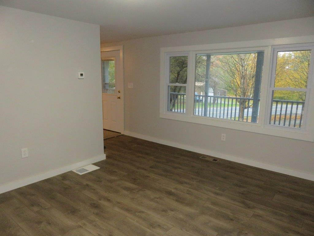 New Floors 12800219