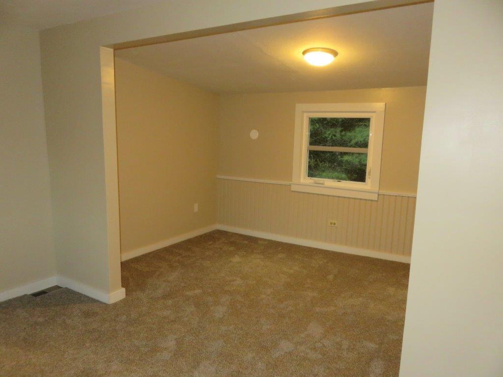 Bedroom #1 12800222