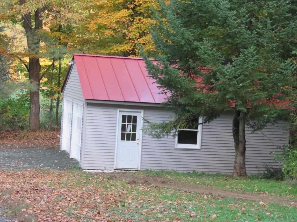 New Standing Seam Roof 12800201