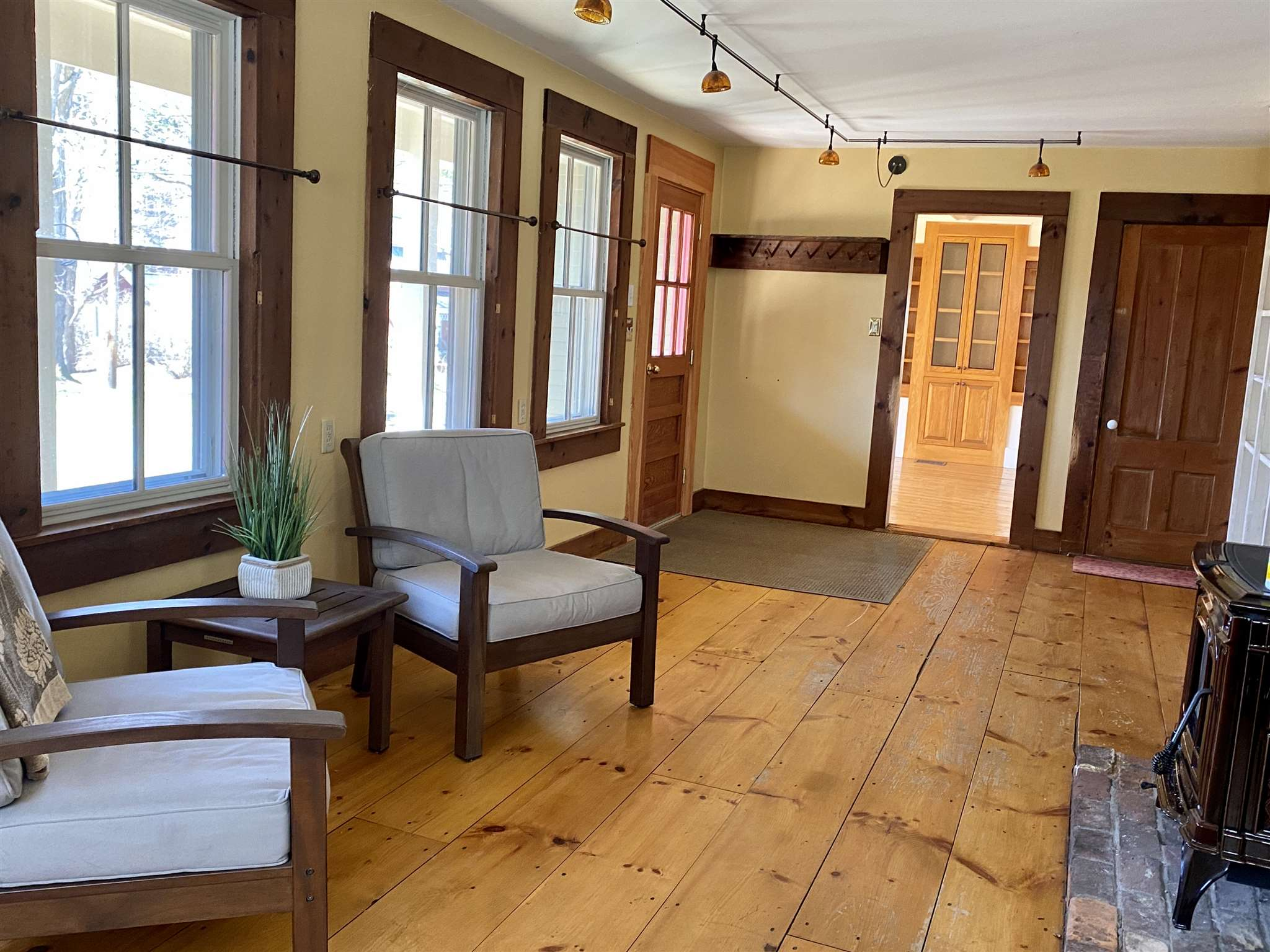 Open Living, Kitchen Area
