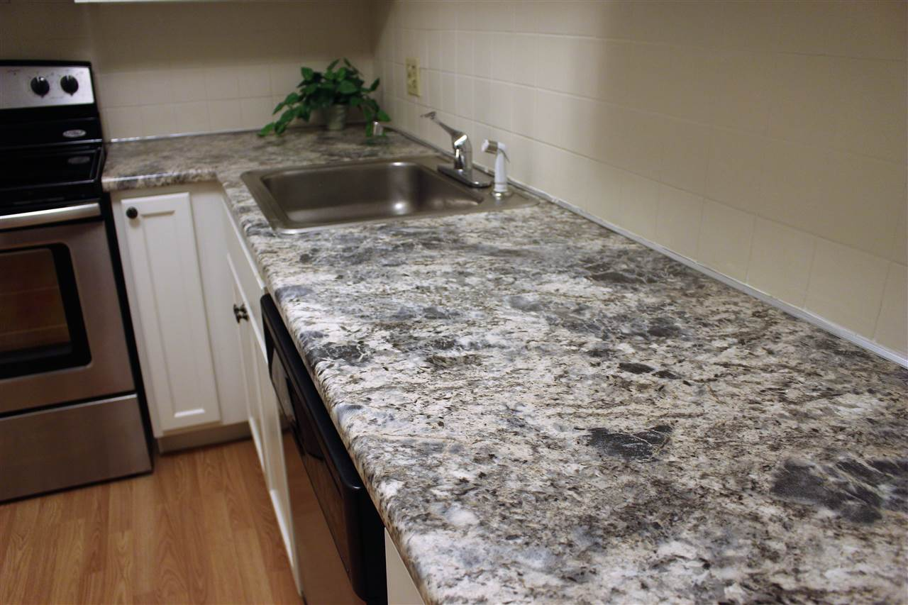 DERRY NHCondo for rent $Condo For Lease: $1,200 with Lease Term