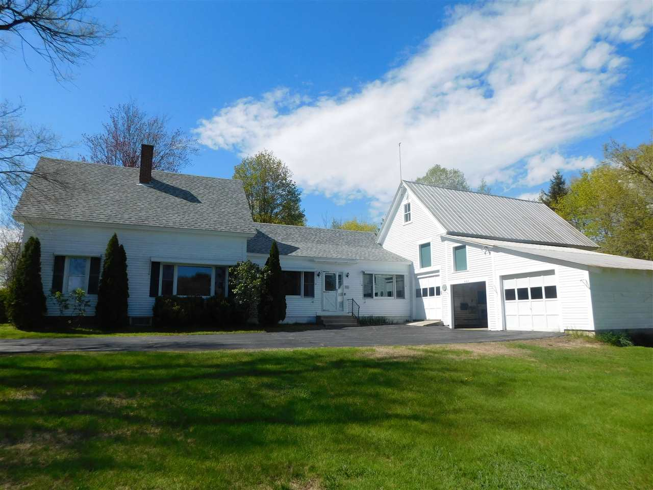 VILLAGE OF UNION IN TOWN OF WAKEFIELD NH  Home for sale $289,900