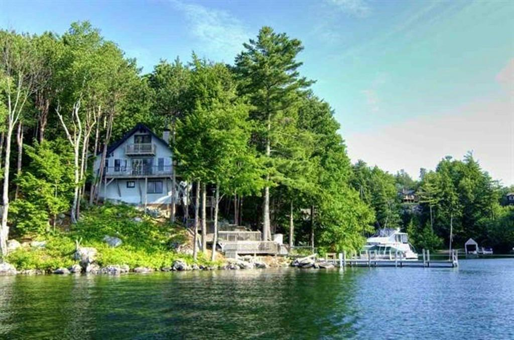 MLS 4724284: 14 Mill Cove Road, Alton NH