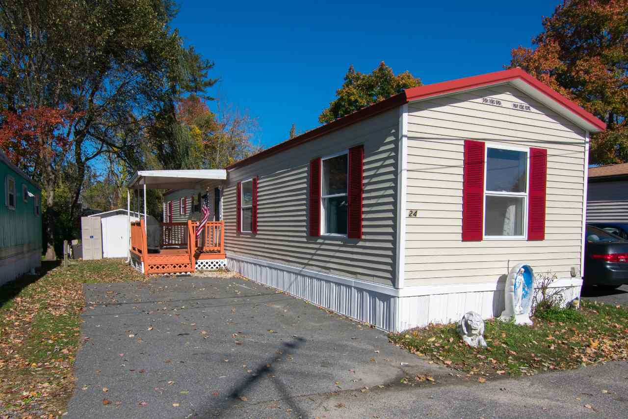 Salem NHMobile-Manufacured Home for sale $List Price is $69,900