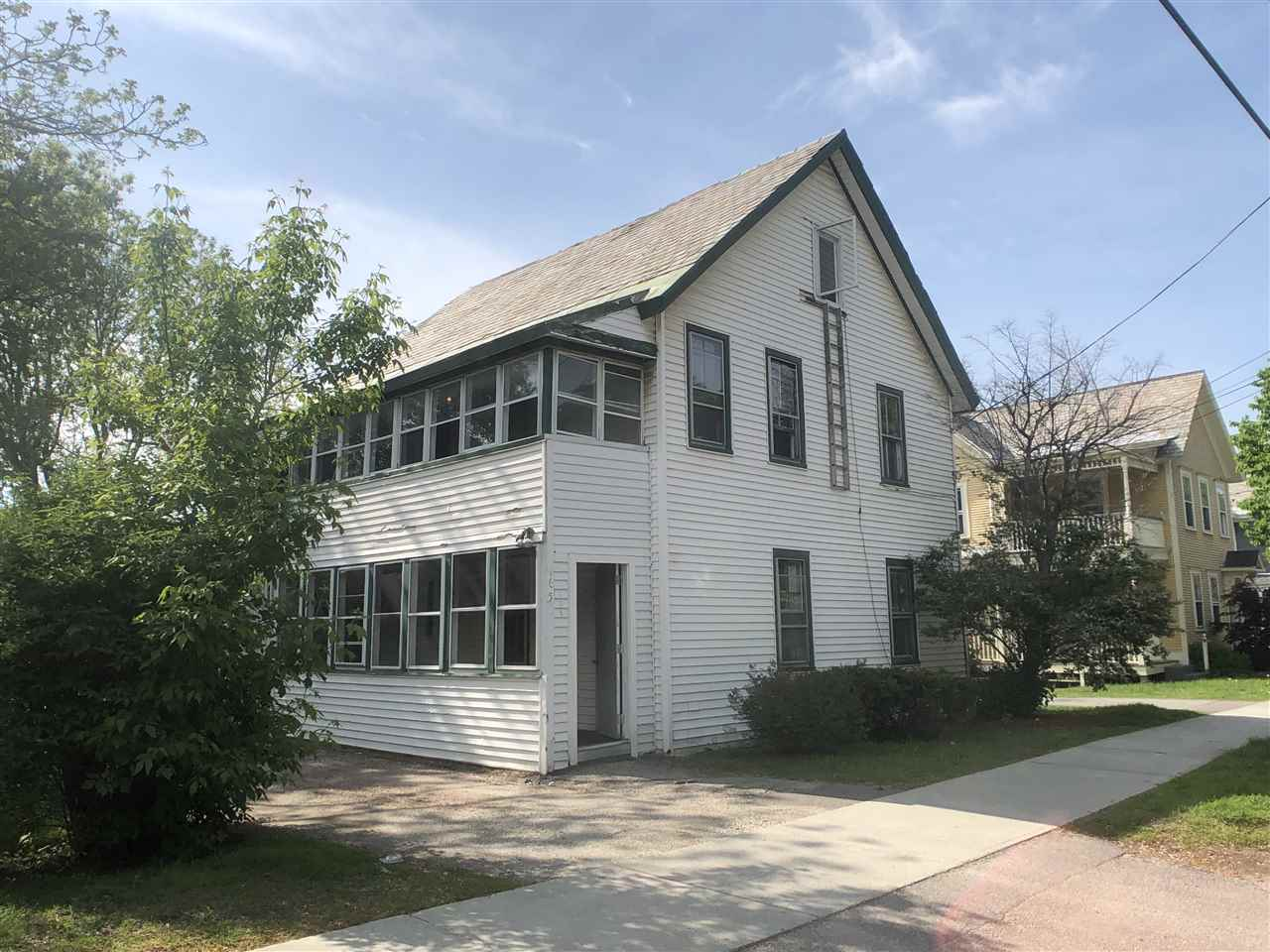 This well located rental property is currently rented with leases in place for the 18-19 school year for $600/bedroom, and has leases in place for the 19-20 school year for $615/bedroom.  Prime college rental location in the heart of downtown, with exceptional access to campuses, downtown, and UVM Medical Center.  Large units, with washer and dryer in second story apartment.   Exceptional rental history, and great numbers.  Invest in downtown Burlington in a solid, easy to rent location.