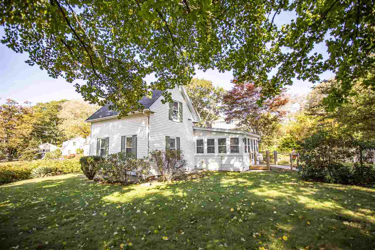 Derry NH Home for sale $List Price is $219,000