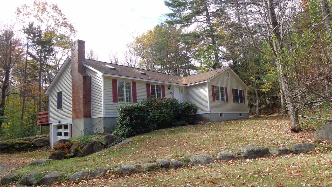 SPRINGFIELD NH Home for sale $$259,000 | $156 per sq.ft.