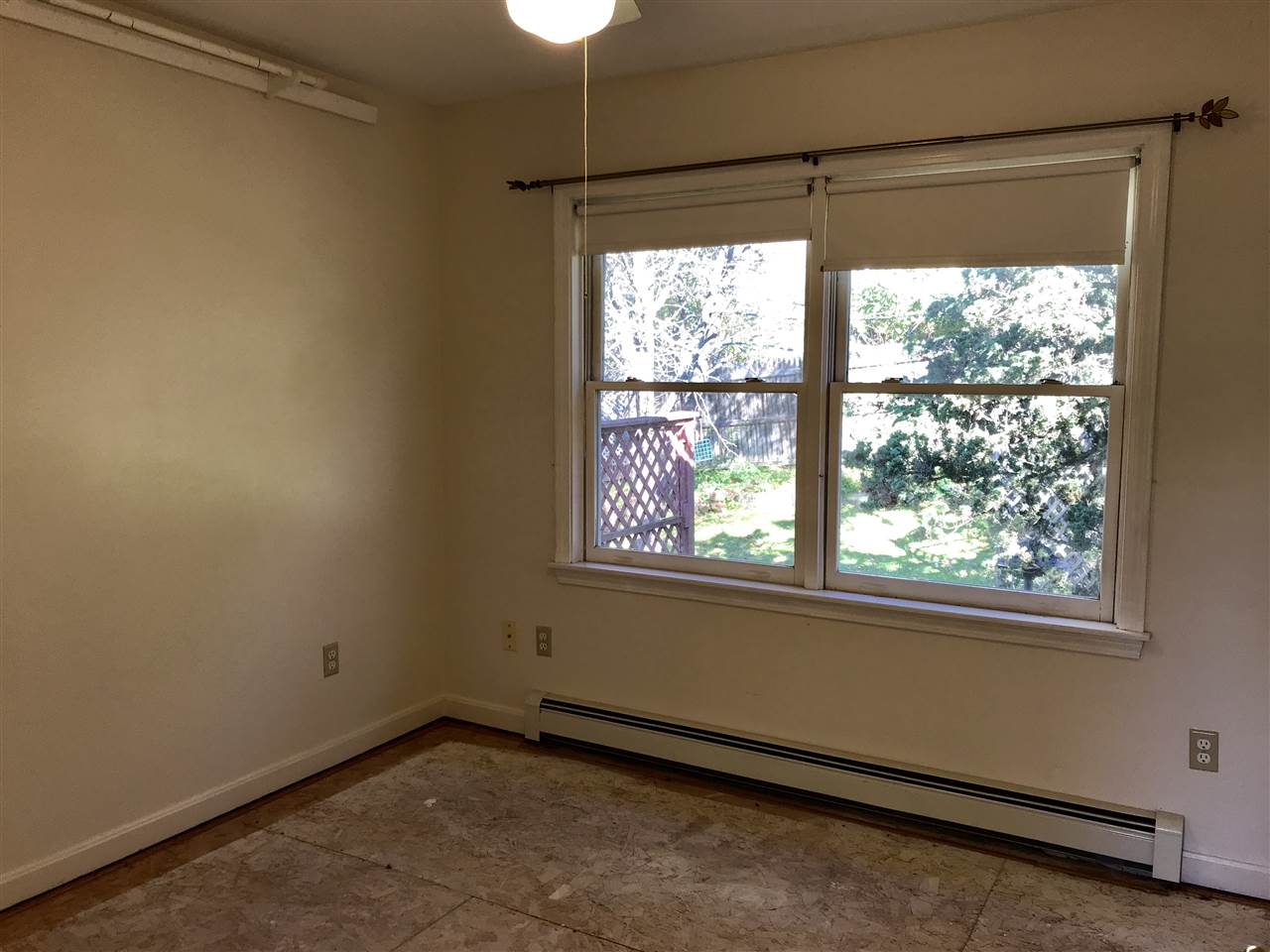2nd Bedroom Space with Lots of Light!