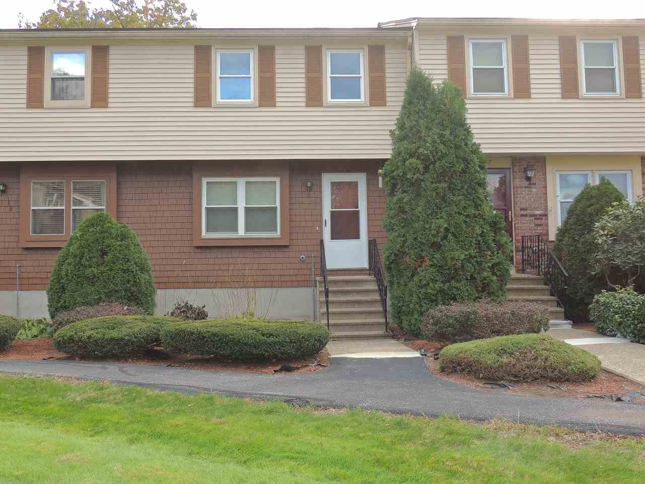DERRY NHTownhouse for rent $Townhouse For Lease: $1,700 with Lease Term