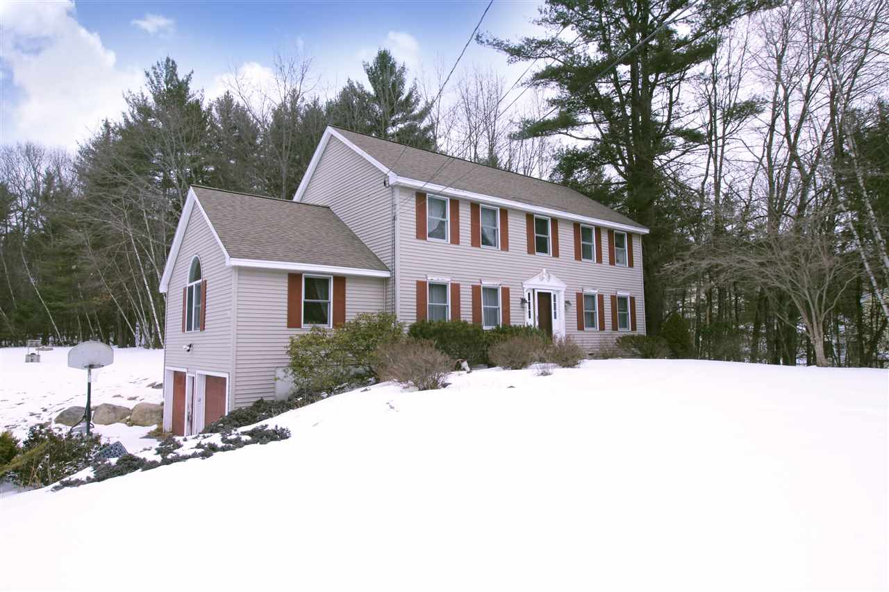 Bedford NHHome for sale $List Price is $385,000