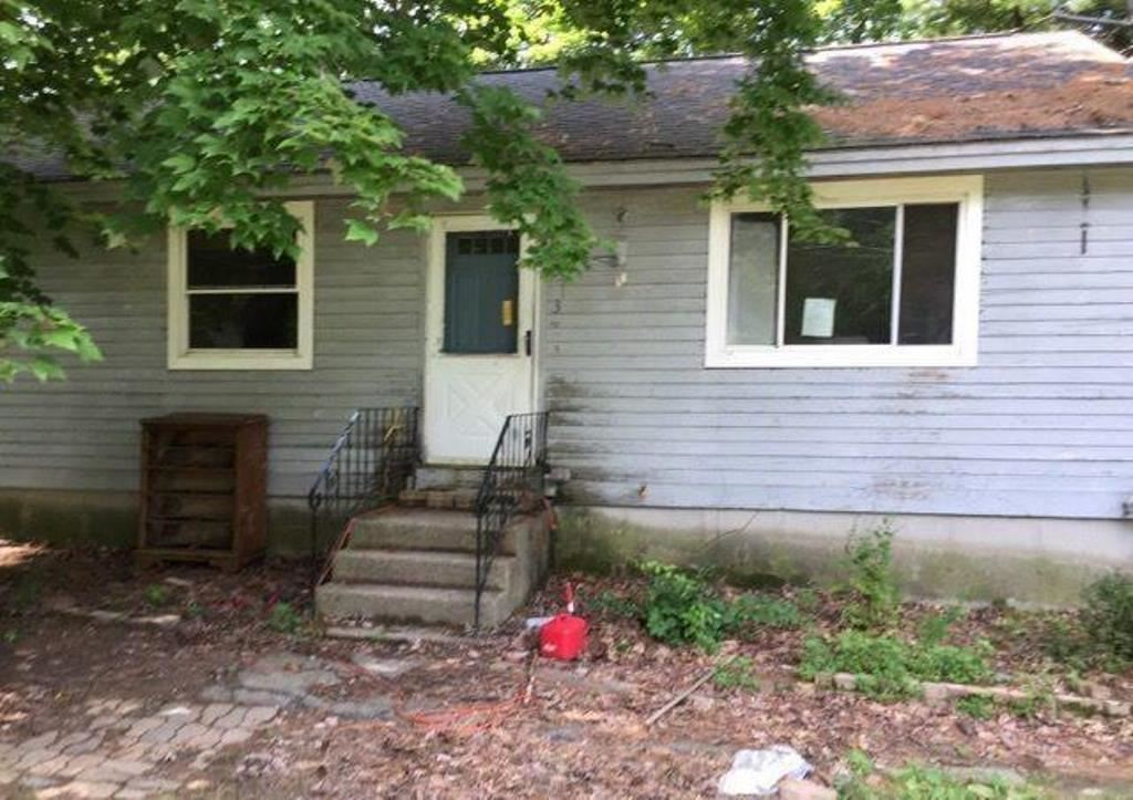 Allenstown NHHome for sale $List Price is $51,700