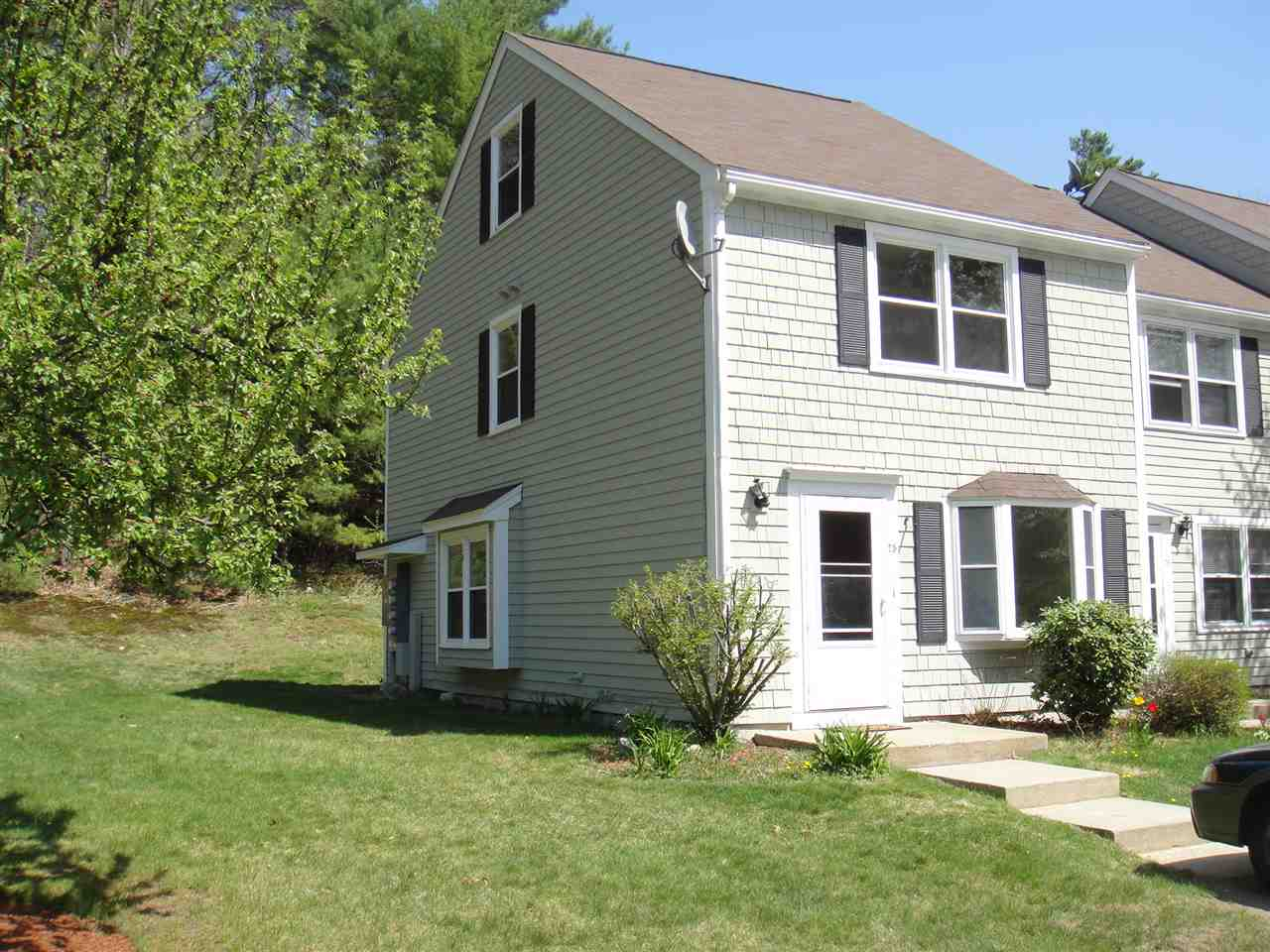 MERRIMACK NH Condo for rent $Condo For Lease: $2,000 with Lease Term