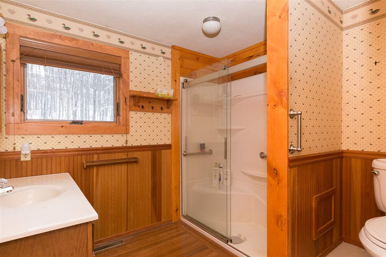 Bathroom 12980197