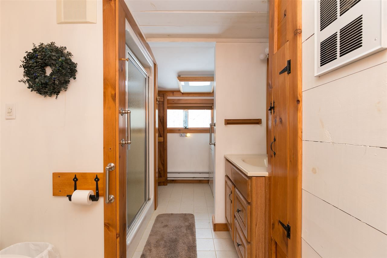 Bathroom 12980180