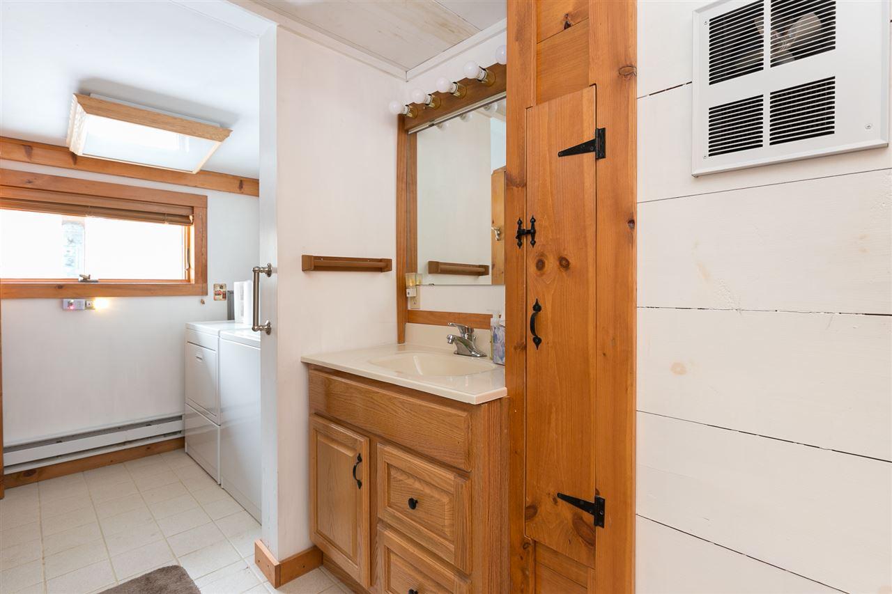 Bathroom 12980182