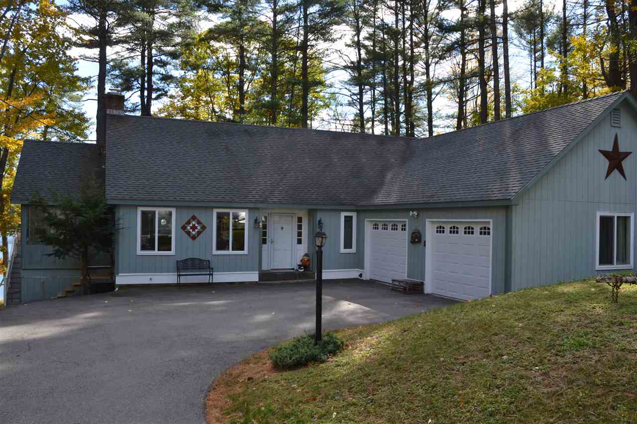 Lake Mirror Lake waterfront home for sale in Tuftonboro