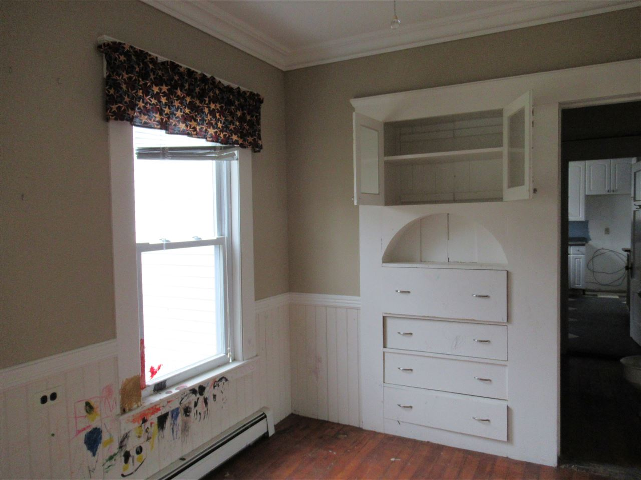 Dining room or sewing room