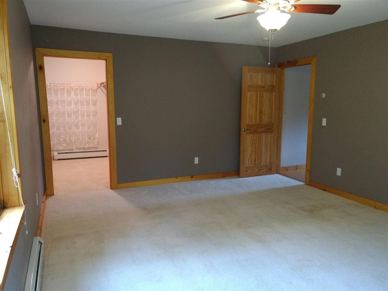 Master Bedroom 12894109