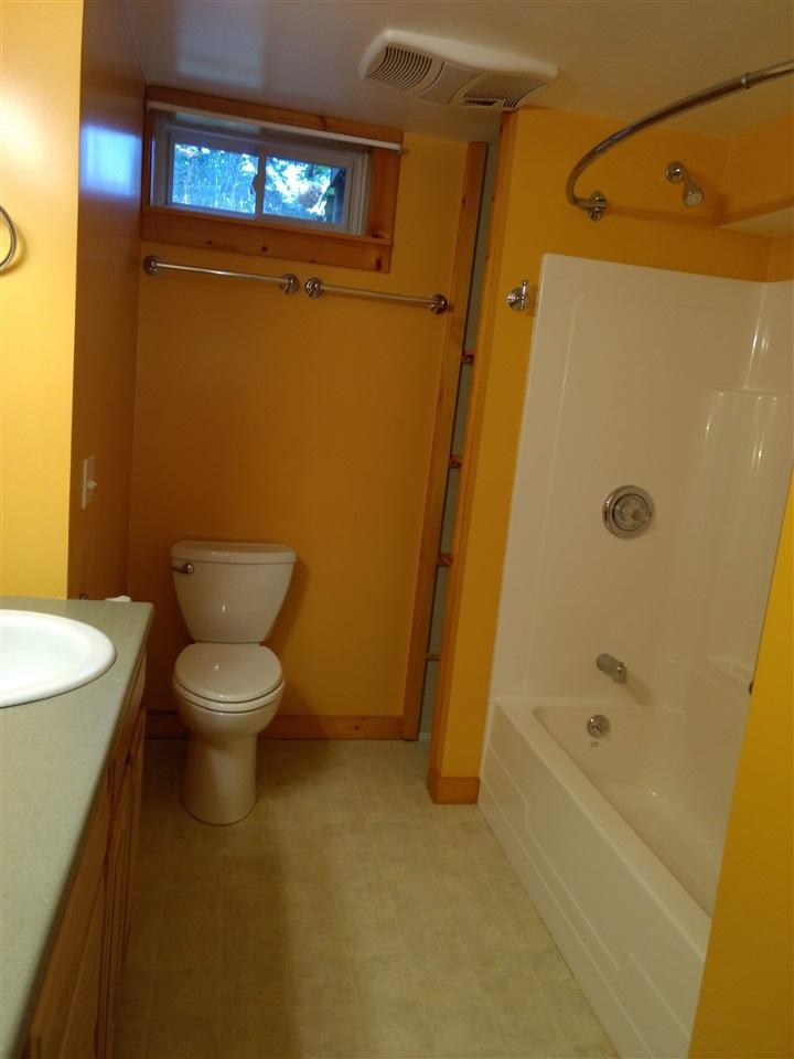 Lower Level Full Bath 12894107