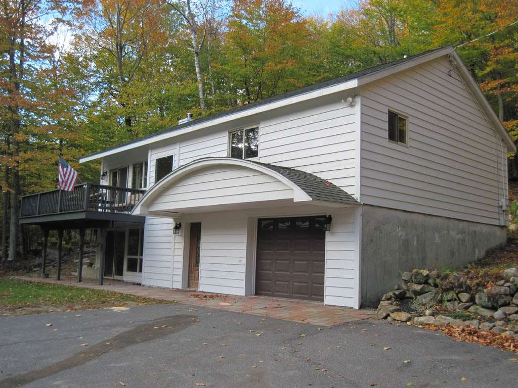 MLS 4725704: 60 King, Alexandria NH