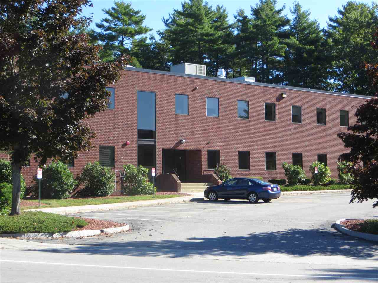 MLS 4725859: 9 Executive Park Drive, Merrimack NH