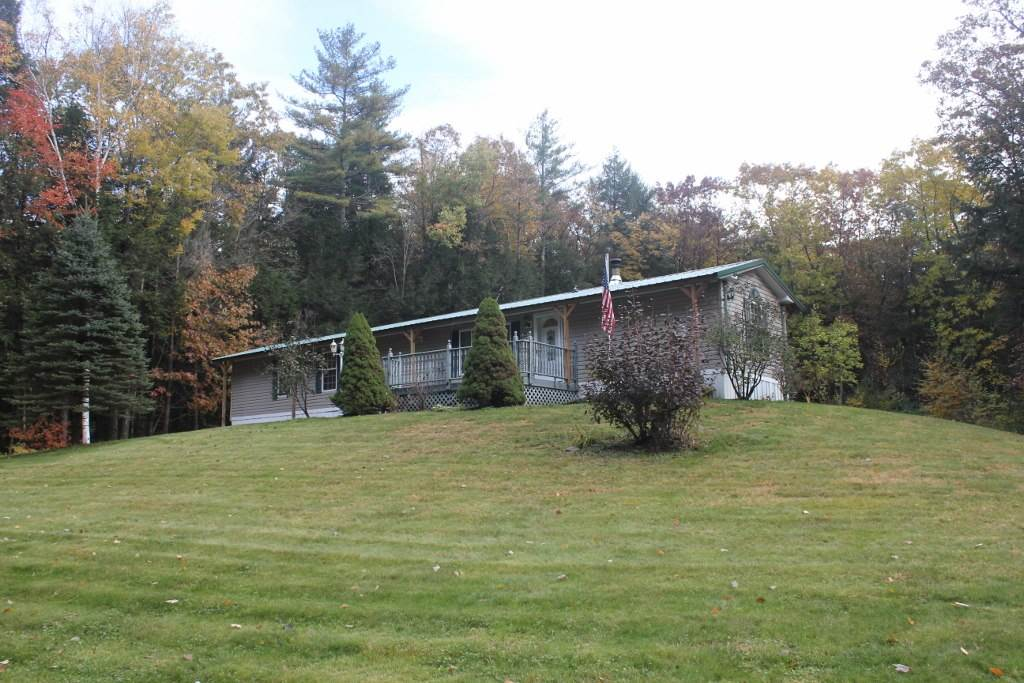 VILLAGE OF BELLOWS FALLS IN TOWN OF ROCKINGHAM VT Home for sale $$109,900 | $119 per sq.ft.