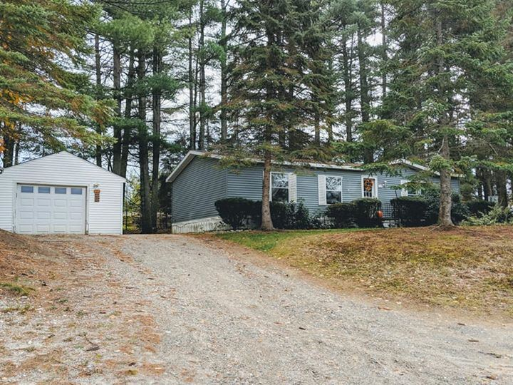 NEWPORT NH Mobile-Manufacured Home for sale $$64,900 | $61 per sq.ft.