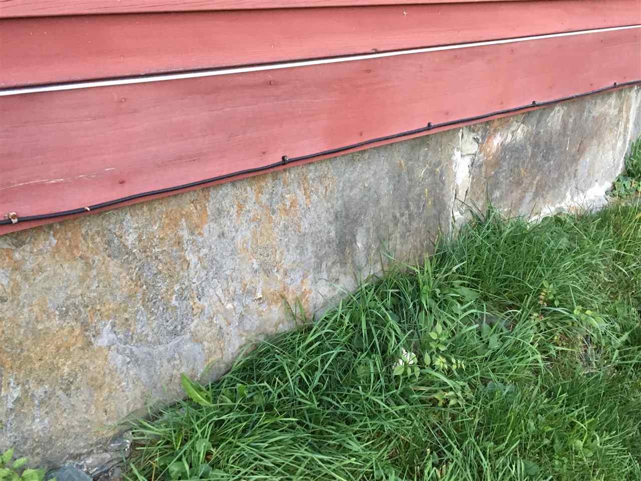 Granite block foundation