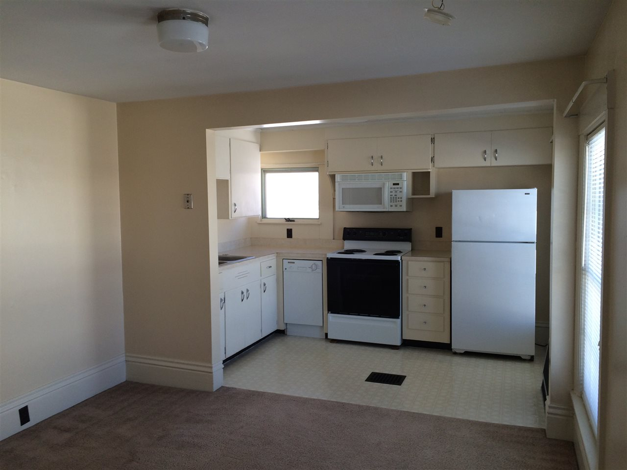 CONCORD NH Multi-Family for rent $Multi-Family For Lease: $1,300 with Lease Term