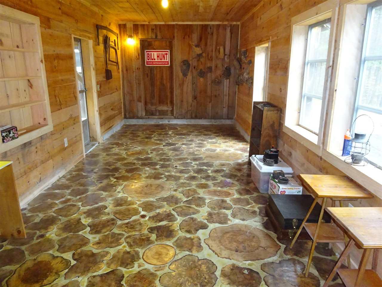 Breezeway with custome floor. 12900396