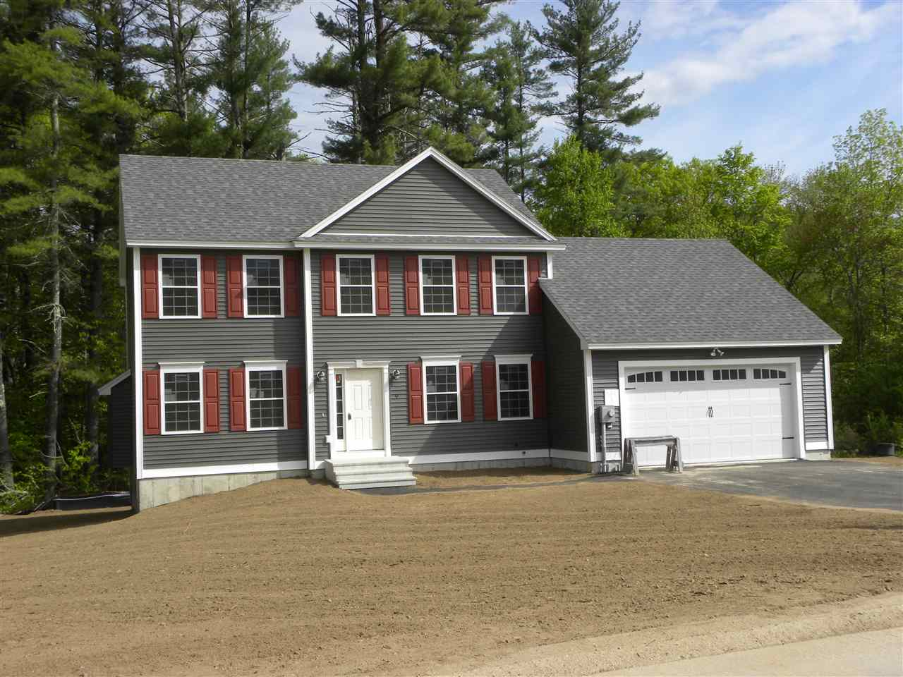 Photo of 9 Sandybrook Drive Raymond NH 03077