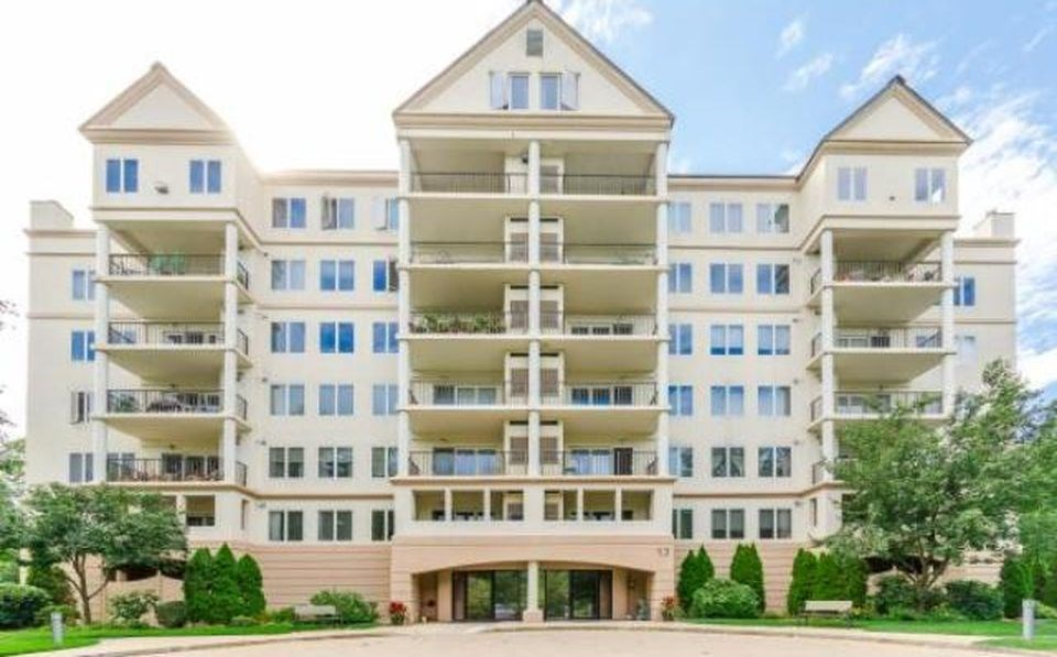 NASHUA NHCondo for rent $Condo For Lease: $2,500 with Lease Term