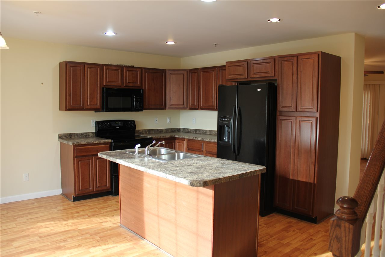 Ashland NHCondo for sale $List Price is $139,900