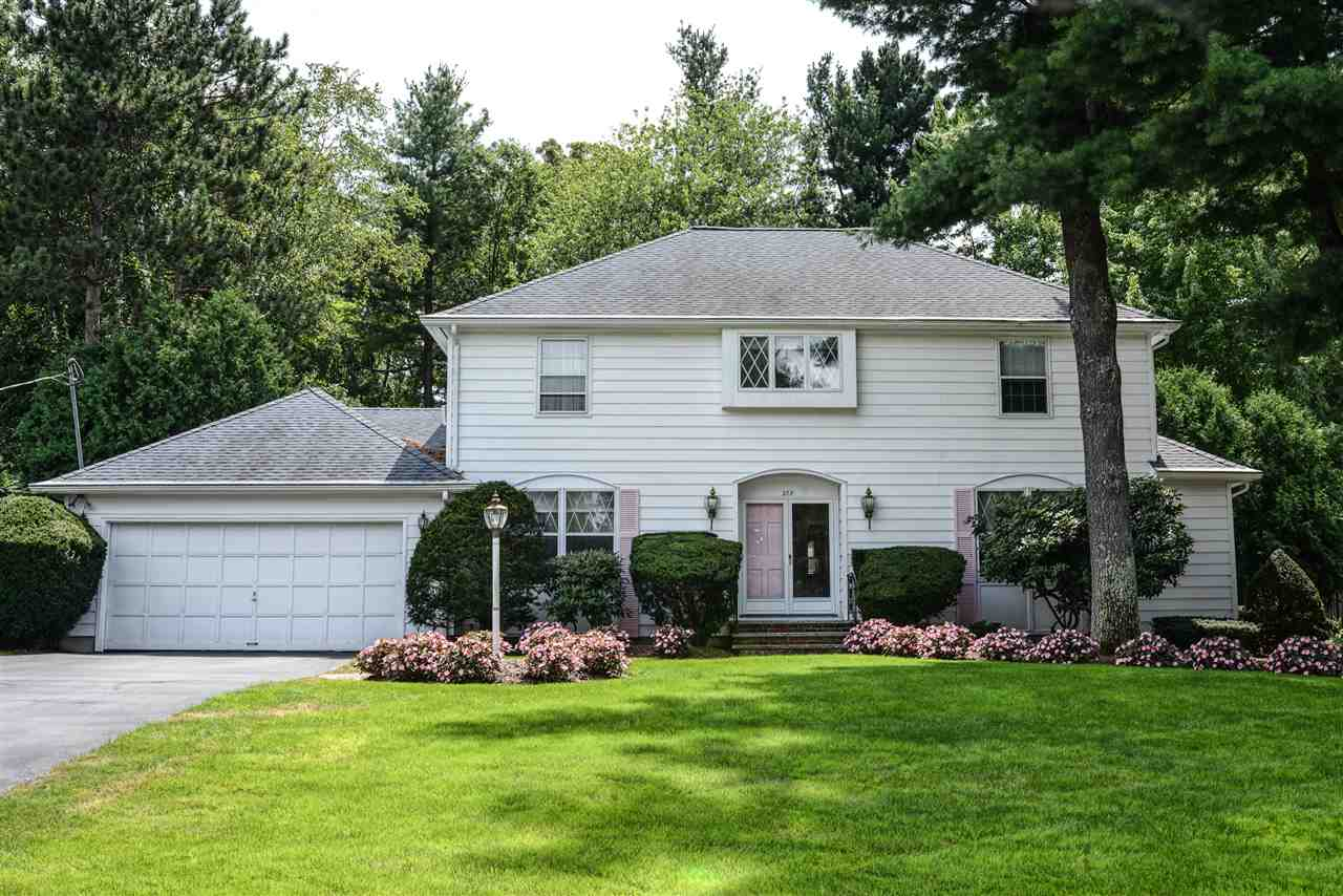 MANCHESTER NH Home for sale $$449,900 | $150 per sq.ft.
