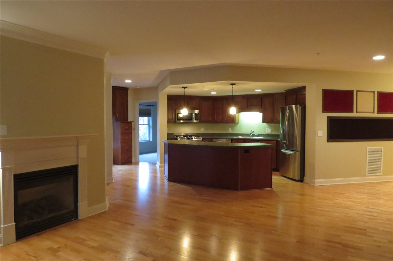 BEDFORD NHCondo for rent $Condo For Lease: $2,200 with Lease Term