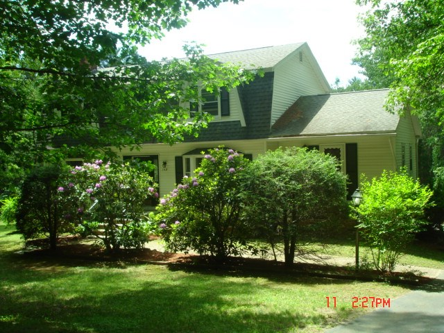 Windham NH Home for sale $List Price is $374,900