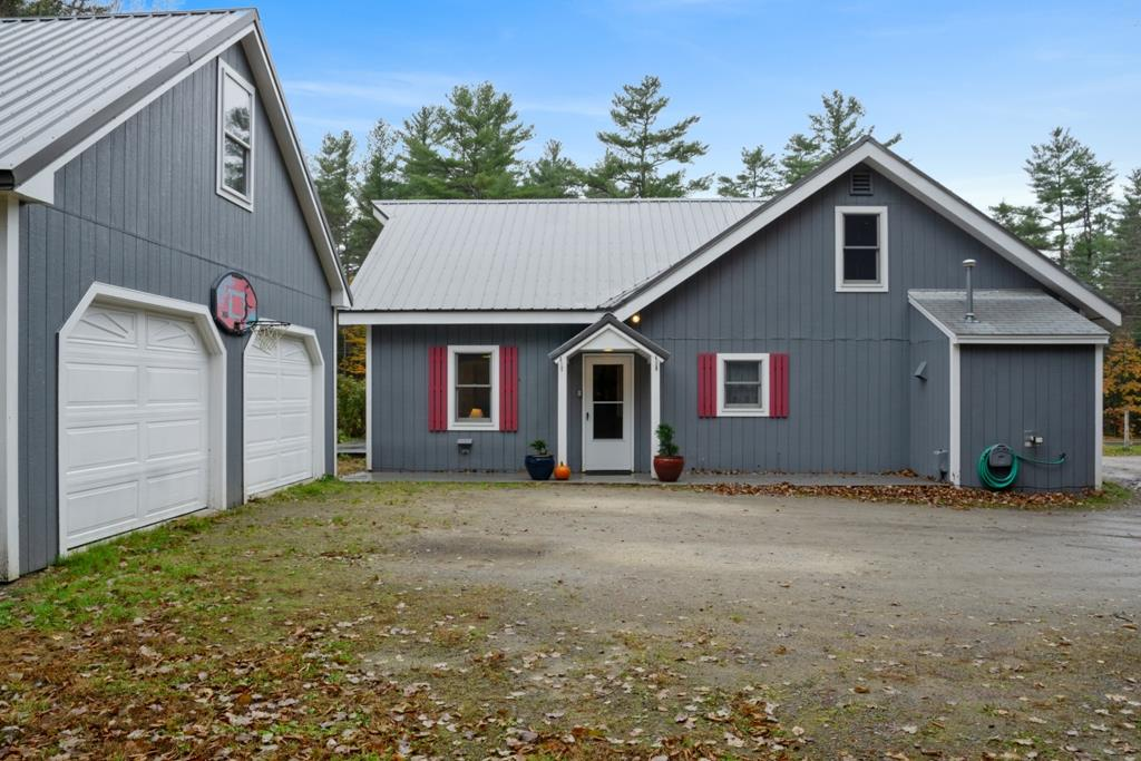 Newbury NH 03255 Home for sale $List Price is $218,500