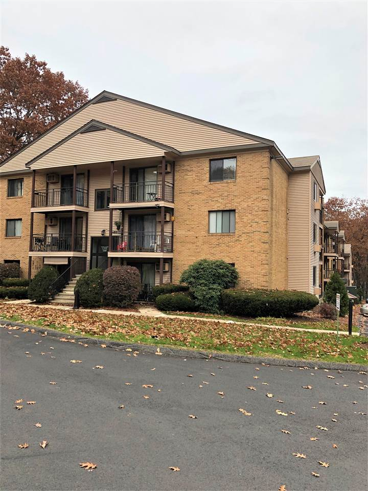 MANCHESTER NHApartment for rent $Apartment For Lease: $1,200 with Lease Term