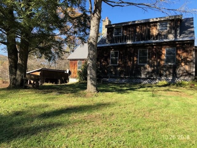 MLS 4727487: 1 Chase School Road, Hartland VT