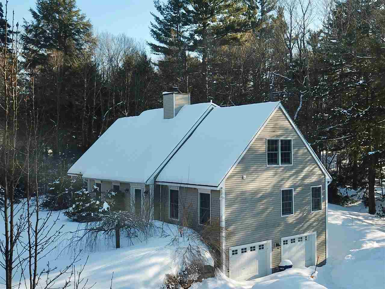 NEW LONDON NH Home for sale $$389,500 | $149 per sq.ft.