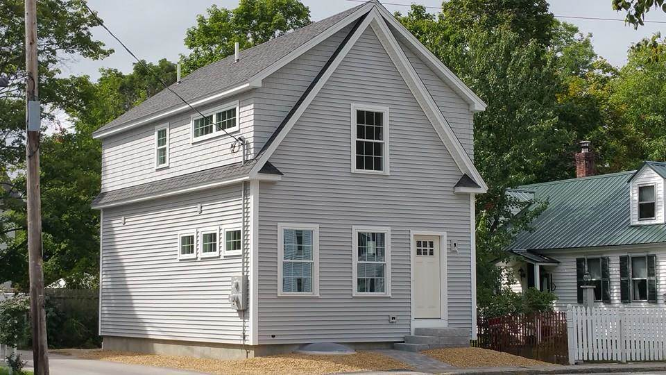 Goffstown NHHome for sale $List Price is $274,900